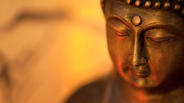 golden-buddha-third-eye