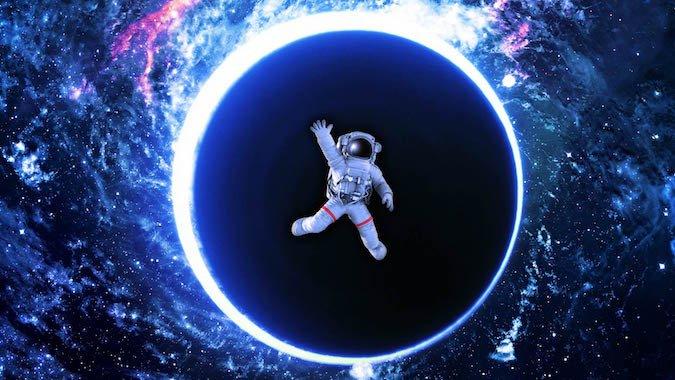 360-dive-into-a-black-hole.width-800