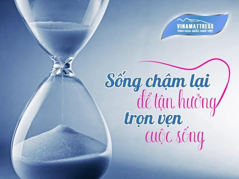 song-cham-lai-de-tan-huong-tron-ven-cuoc-song